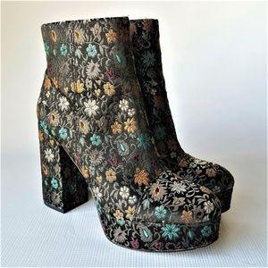 Sam Edelman AZRA Fashion Platform Boots Size 9M